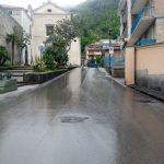Lavaggio e sanificazione in Via Roma