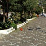 Completamento taglio aiuole lungomare G. Capone e irrigazione aree verde urbano Maiori
