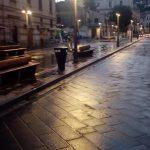 Lavaggio strade effettutato in via Paie, via Sordella, piazza Mercato, Corso Reginna, via Santa Tecla, lungomare Maiori