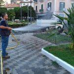 Maiori irrigazione giornaliera e taglio presso villa comunale